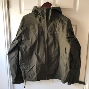 PATAGONIA RAIN COAT, SZ. M, WORN A FEW TIMES
